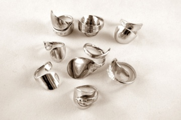 cutlery-silver-rings-made-with-salt-mustard-spoons